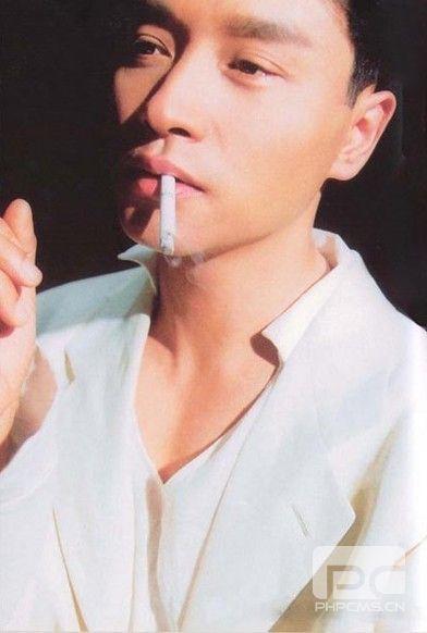 张国荣1999年专访:我不想死,我很怕死(组图)