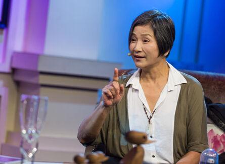 郑佩佩上视频节目炮轰明星割脉:年轻艺人艺德很重要